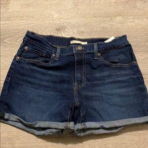 Levi Jean shorts size 30